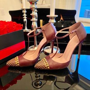 🎉HP🎉 Auth Gucci Coline Studded T-Strap Pump